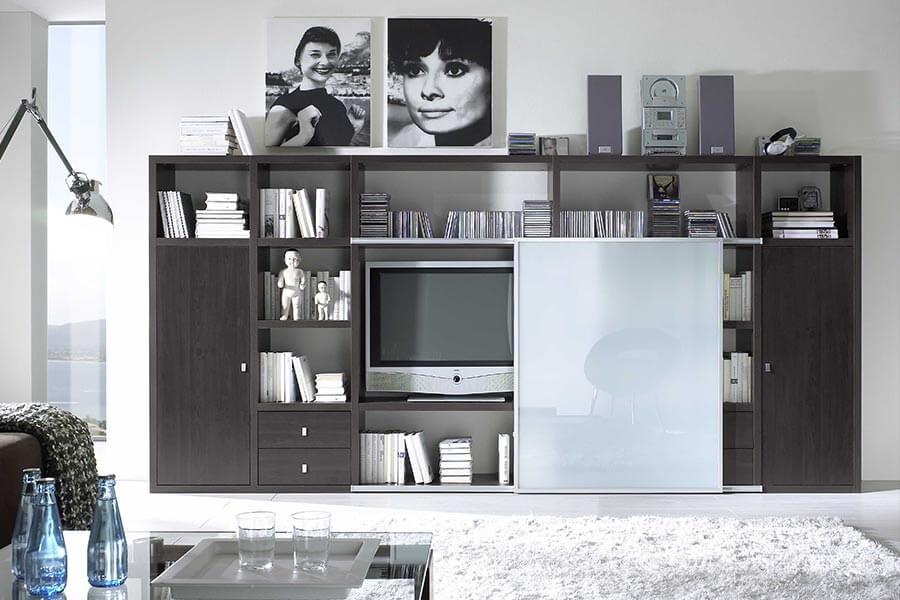 Mooi tv meubel met glazen schuifdeurtjes klussen en kringloop